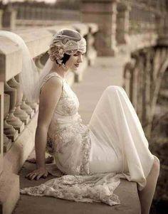 Beautiful 1920s style wedding dress & #wedding dress #bride| http://amazingweddingdressphotos.blogspot.com
