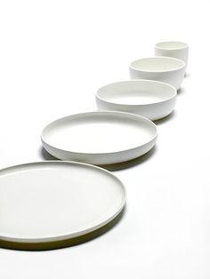 Basic dinnerware (Serax)