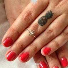 We say YES to tiny pineapple tattoos paired with the Bing Bang MaryJane Midi Ring!