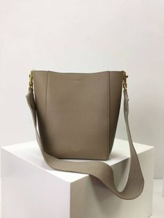 c0f61a11629c Winter Celine Small seau Sangle bag in GREY soft grained calfskin