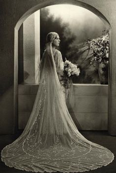 vintage Bridal photos best outfits - Page 86 of 99 - Cute Wedding Ideas Vintage Wedding Photos, 1920s Wedding, Vintage Bridal, Vintage Glamour, Wedding Bride, Vintage Weddings, 1920s Vintage Wedding Dress, Wedding Ideas, Vintage Wedding Photography