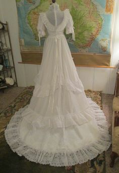 Vintage wedding 70's white eyelet lace S M formal long train gown dress romantic