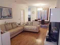 Appartamento PORTO SAN GIORGIO 315.000 € | 105 m2 | Locali 5 | Camere 3 | Bagni 2 San Giorgio, 3, Couch, Furniture, Home Decor, Porto, Settee, Sofa, Couches