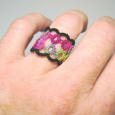 Remembrance tatted ring: free novice level pattern