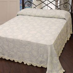 Seashell Bedspread