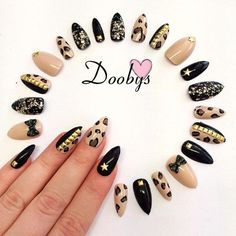 Doobys - Leopard Print - 20 Hand Painted Stiletto Nails on Etsy, $27.04