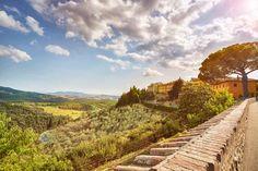 A poco più di un'ora da Firenze si trova la tenuta del Toscana Resort Castelfalfi (foto), un vero e proprio gioiello dove trascorrere vacanze in Toscana a contatto con la natura senza rinunciare a...