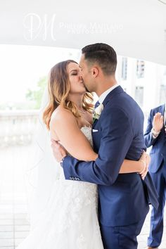 The kiss #ChateauLaurierWedding #Ottawa #Wedding #OttawaWeddingPhotographer #RomanticWedding #Kiss #HusbandAndWife #BrideAnd Groom