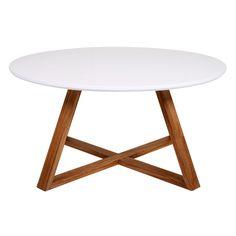 Leuke klassieke salontafel Winay Large van Butik is een laag tafeltje voor in de woonkamer of serre. Met zijn brede tafelblad biedt deze Winay ruimte voor het plaatsen van glazen, een dienblad, uw lectuur of bijvoorbeeld een vaas of een lamp.