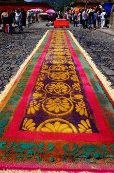 What's a Non-Spanish-Speaking-Aussie doing at Semana Santa, Antigua Guatemala?