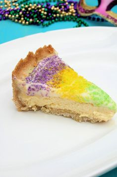 King Cake Recipes Because Mardi Gras Dessert Is Better Homemade King Cake Cheesecake Recipe, King Cake Recipe, Cheesecake Recipes, Dessert Recipes, Donut Recipes, Mardi Gras Cheesecake Recipe, Mardi Gras Food, Mardi Gras Party, Holiday Treats