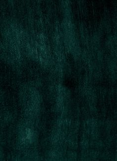 & Other Stories | Velvet has been loved for its rich colours, soft texture and elegant draping for thousands of years. Once associated with wealth, power and prestige, it's now a graceful element of almost every wardrobe.