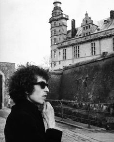 Circa 1966, Denmark– Bob Dylan contemplates Kronborg Castle, the Elsinore Castle of Shakespeare's , shortly after arriving in Denmark to start his world tour. –Image by © Bettmann/CORBIS
