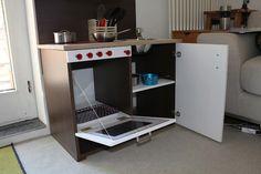 IKEA Hackers: Non-Rast Playkitchen from kitchen doors