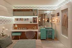 Feminino e delicado!  #arte #apartamento #sala #integração #sacada #varanda #espelho #reforma #reformar #reformando #ap #apto #meuap #cozinha #sofa #mesa #look #lookdodia #amo #amei #arquitetura #amor #amando #apaixonada #apaixonado #morar #casar #casando