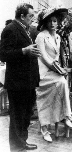 """Luchino Visconti et Silvana Mangano sur le tournage de """"Mort à Venise"""" (Morte a Venezia, 1971)"""