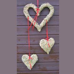 Herzen aus Heu