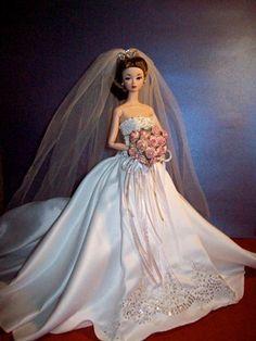 Susie in Reem Acra Pretty White Dresses, Elegant Prom Dresses, Nice Dresses, Wedding Dresses, Wedding Doll, Barbie Wedding, Vintage Barbie Clothes, Bride Dolls, Doll Clothes Patterns