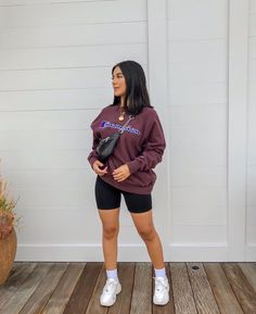 26 fabulous day for teen with some spring outfit 23 - Best Women's and Men's Streetwear Fashion Ideas, Combines, Tips Cute Comfy Outfits, Chill Outfits, Swag Outfits, Dope Outfits, Retro Outfits, Short Outfits, Summer Outfits, Baddie Outfits Casual, Casual Shorts Outfit
