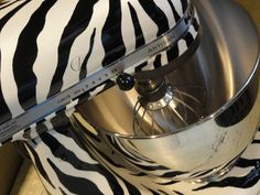 ZEBRA KITCHEN AID MIXER!!!!!!!!!!!!!!!!! Jimmy would never allow hahaha :/