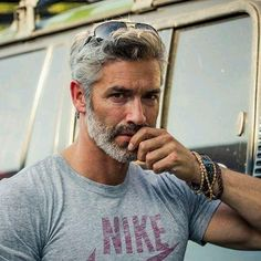 42 Hairstyles for Men with Silver and Grey Hair - Men Hairstyles World - Man Fashion Grey Hair Beard, Grey Hair Men, Long Gray Hair, Older Mens Long Hairstyles, Older Men Haircuts, Men Hairstyles, Hairstyle Short, Men's Haircuts, Silver Hair Men