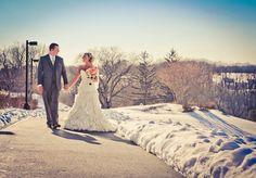 Pretty Coloring... Winter Wedding Photo / Winter Wedding Picture #WeddingPhoto #MarchWedding