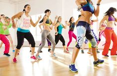 Zumba Dance Workout by Danny's Workout.This is a zumba fitness workout full video for weight loss workout for women at home. In the video Daniel Hayhurst fro. Zumba Fitness, Fitness Tips, Dance Fitness, Group Fitness, Fitness Classes, Fitness Workouts, Tae Bo, Zumba Shoes, Sport Treiben