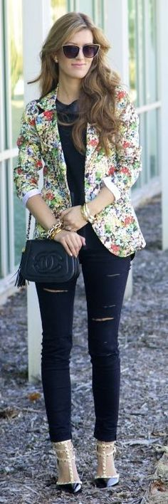 Full Bloom Blazer Inspiration Outfit by Chic Street Style