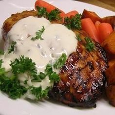 """Garlic Cream Sauce Over Chicken Breasts 