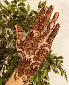 Kashee's Mehndi Designs, Cute Henna Designs, Modern Henna Designs, Finger Henna Designs, Beginner Henna Designs, Mehndi Design Pictures, Mehndi Designs For Girls, Wedding Mehndi Designs, Mehndi Designs For Fingers