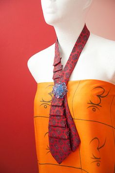 A tie necklace by bizuznizu on Etsy
