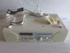 GE Spacemaker Stereo Radio/Cassette Player with Counter Light 7-4287 w/Hardware