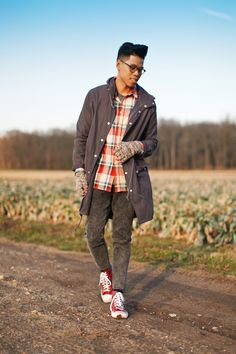 OUTFIT: Men's Plaid Shirt He Could Be A Farmer In Those Clothes - See the full post HERE  FACEBOOK | TWITTER | BLOGLOVIN | PINTEREST |...