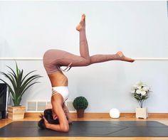 Impressive Yoga Poses That Will Inspire You To Start Yoga Now; Yoga Girls, Reto Fitness, Yoga Fitness, Bikram Yoga, Ashtanga Yoga, Yoga Inversions, Yoga Inspiration, Yoga Meditation, Yoga Chaud