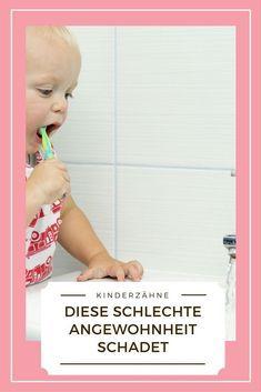 Diese Schlechte Angewohnheit Schadet Kinderzahnen Ebenso Wie Unregelmassiges Putzen Kinder Handy Kinder Zahneputzen Kleinkind