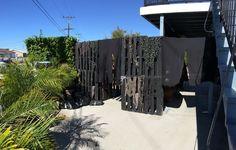 Yard haunt entrance using pallets - Halloween Forum