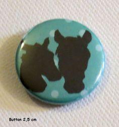 Button Pferde 2,5 cm  von Kreawusel-Schmuck  auf DaWanda.com