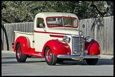 1940 Chevrolet Custom Pick-up Truck ~ 235 Cl, 5 Speed, Split Manifold Antique Trucks, Vintage Trucks, Antique Cars, Classic Chevy Trucks, Classic Cars, Chevy Classic, Cool Trucks, Cool Cars, Automobile