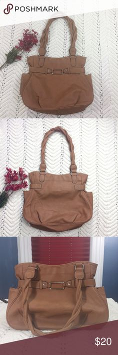 """🎅🏼Santa Sale🎅🏼 Tan Shoulder Bag-NWOT Tan Shoulder bag. Braided shoulder straps. Zippered pocket inside. Zippered closure. Material: 100% PVC. Approximate measurements (measured flat): width: 13"""", length: 10.5"""", drop: 21"""". NWOT Bags Shoulder Bags"""