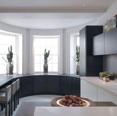Kitchens / Louise Bradley