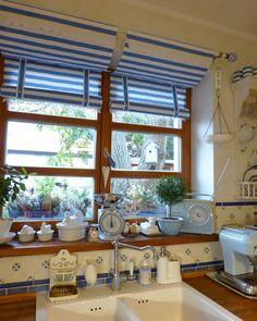 Mé milované okno v kuchyni . . . Ikea Leksvik, Farmhouse Sinks, Soft Furnishings, Location, Windows, Rustic, Blue, Home, Country Primitive