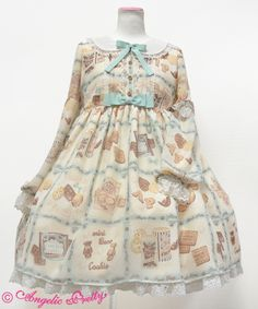 Lolita Fashion // Dress OP // Angelic Pretty - Cream Cookie OP in Ivory // biscuit cookie bear chocolate ribbon bows lace