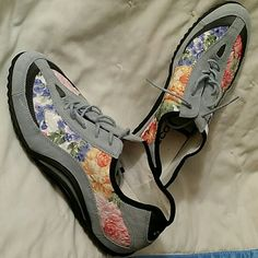 Spotted while shopping on Poshmark: Ecco Tennies! #poshmark #fashion #shopping #style #Ecco #Shoes