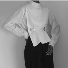 Visibly Interesting: buttonless white shirt; simplicity; minimal fashion // Wolcott : Takemoto
