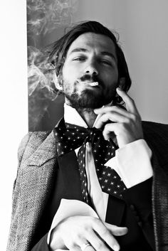 Michiel-Huisman-Man-of-the-World-2015-Cover-Photo-Shoot-004