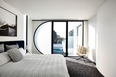 Completed in 2017 in Brighton, Australia. Images by Derek Swalwell, Martin Friedrich. A young couple with 3 children approached Martin Friedrich Architects after seeing our Brighton town house project. They loved the clean modern. Modern Interior Design, Home Design, Interior Architecture, Contemporary Bedroom, Modern Bedroom, Contemporary Homes, Contemporary Architecture, Half Circle Window, Decoration Shop