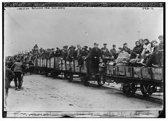 Photo of Christian refugees from Asia MinorBain News Service between 1922 and 1925 Photograph shows refugees from Samsun, Turkey in train cars at Patras, Greece Georgie, Greek History, In Ancient Times, Black Sea, Alps, Athens, Old Photos, New York Skyline, Coastal