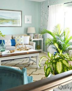 7 Budget Ways to Make Your Living Room Look Expensive