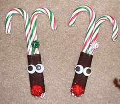 reindeer. would be a cute idea to make with my daughter to hand out to her classroom right before xmas break