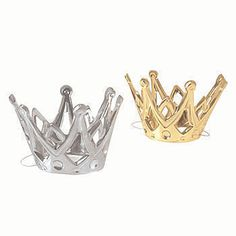 These Miniature Crowns come in an assortment of gold and silver and contain an elastic band to keep them in place on top of your head.